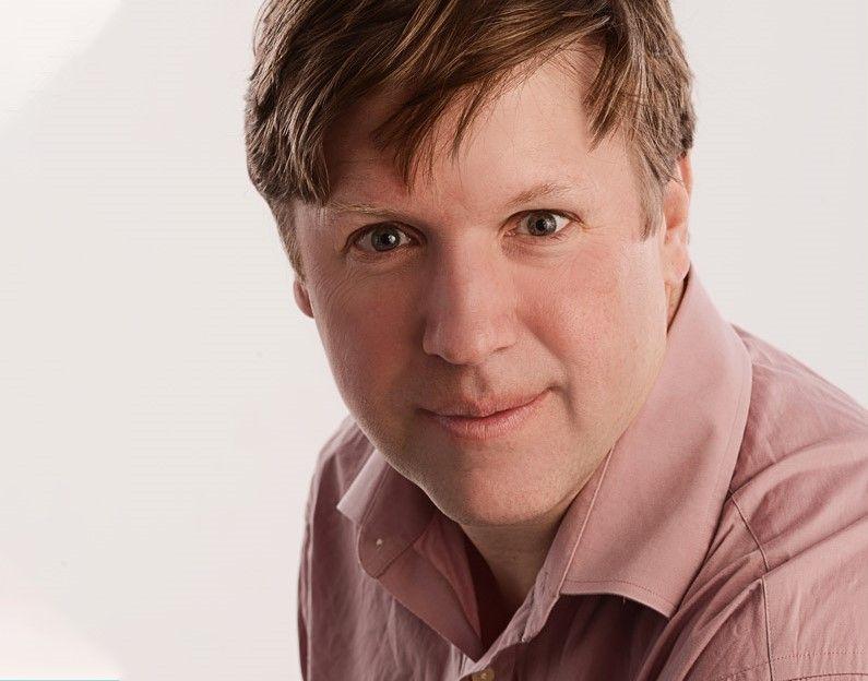 Charlotte Readers Podcast: Gavin Edwards